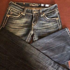Woman's Miss me jeans.